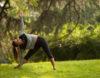 Como realizar o Trikonasana: o asana do coração e bem-estar